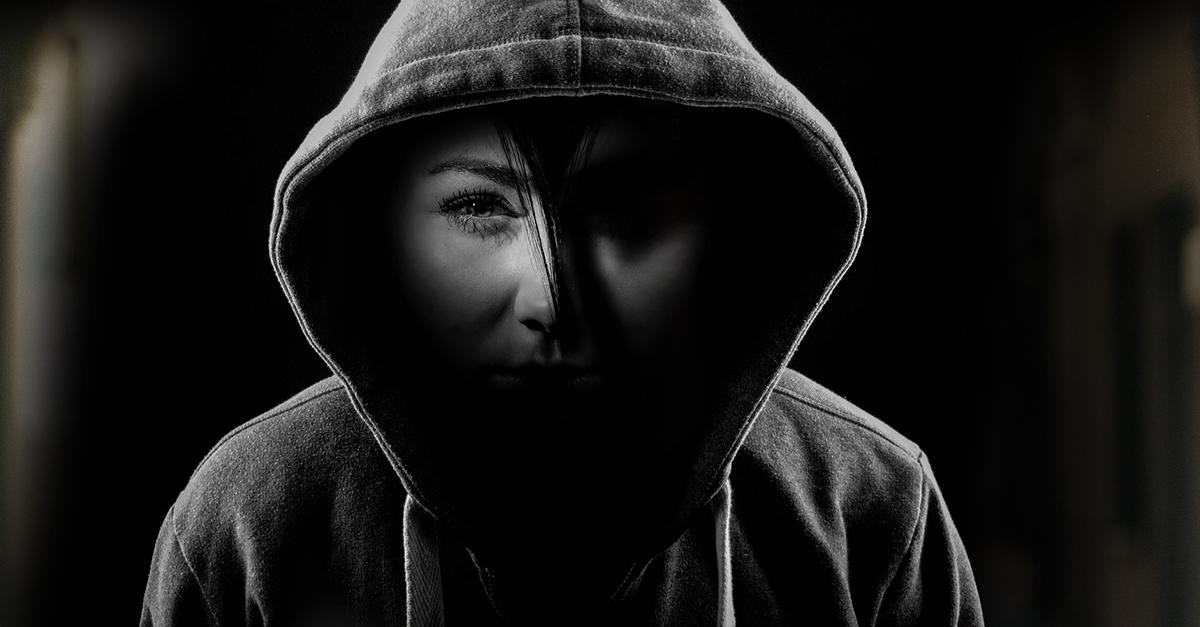 6 donne su 10 non si sentono sicure online